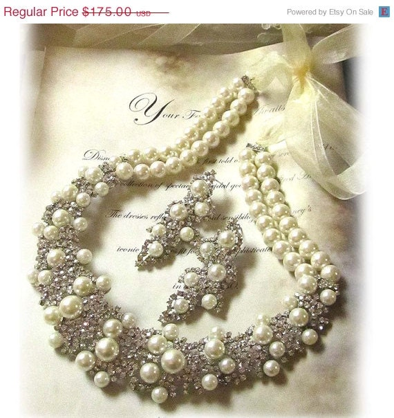 Wedding jewelry set, OOAK Bridal bib necklace earrings set, vintage inspired pearl necklace, rhinestone Victorian bridal statement necklace