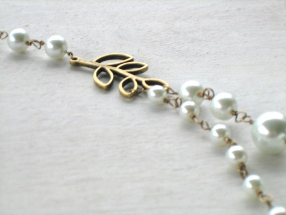 1920s inspired vintage pearl necklace