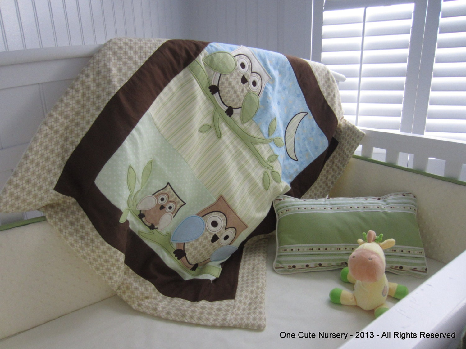 Beautiful Owl Themed Crib Bedding Set