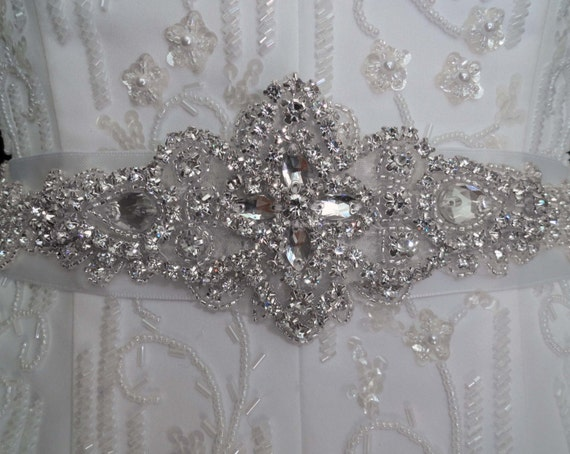 Bridal Sash Belt , Wedding Sash Belt , Bridesmaids Sash Belt Crystal Rhinestone Beaded Applique Bead Sash