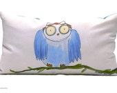 Owl pillow- Decorative Pillow cover -  Owl cushion - Blue  pillow - Beccatextile
