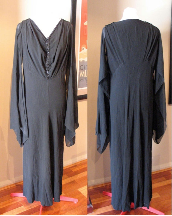 Vintage 1930s Crepe Black Evening Gown with Sequins L