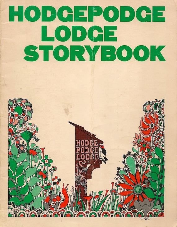 VINTAGE KIDS BOOK Hodgepodge Lodge Storybook