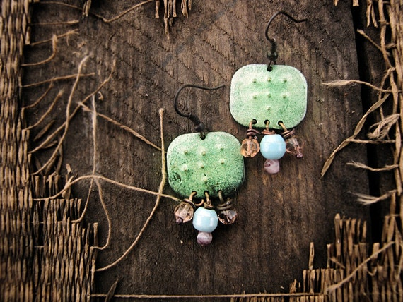 Asterion - salvage tribal earrings - faux enamel metal - antique beads