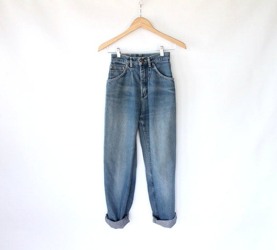 Vintage 80s High Waisted Soft Painters Jeans // Straight Leg Denim Pants