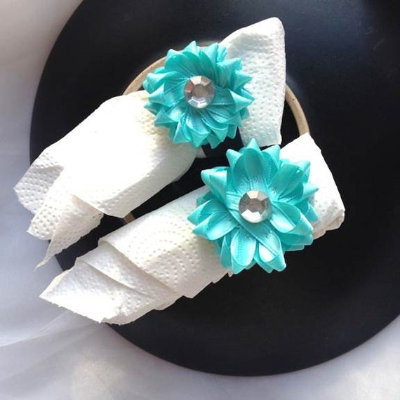 Gift Bow Napkin Ring Holder Set