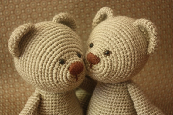 Classical Teddy Bear Crochet Pattern - Amigurumi Teddy Bear Tutorial - Downloadable Crochet Tutorial