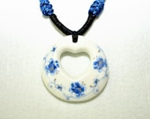 Ceramic jewelry white porcelain pendant necklace heart broken china necklace oriental style flowers pattern - dermusensohn2000