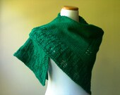 Handknit Lace-Edge Shawl in Emerald Green - Romantic - Classic - Shawl - Scarf