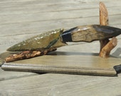 Flint Knapped Knife / Dagger with Butternut Handle w/ Stand - HandcraftedTomahawks