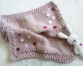 Free Shipping Hand Knit Mini Blanket, Newborn Photo Prop, Felt Flowers Applique, Knitted Baby Blanket, Etsy Kids - ZucchiniIsland