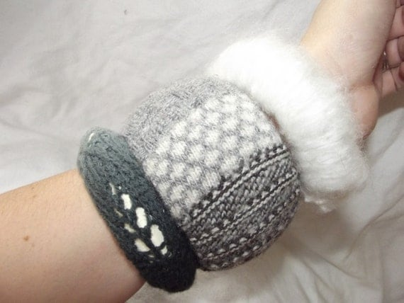 Small Sweater Bangle