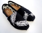 Black and White Aztec Feather TOMS - LamaLand