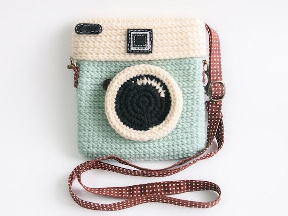 Camera bag that looks like a purse 6