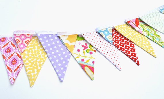Bunting/ Party Flags/ Decorative Banner/ Fabric Flags