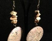 Stone dangling drop earrings