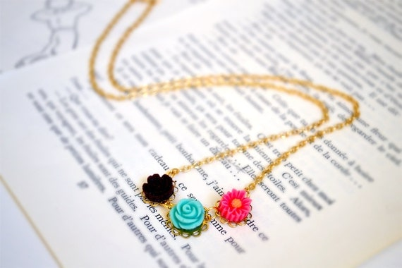 Flower Patch Charm Necklace