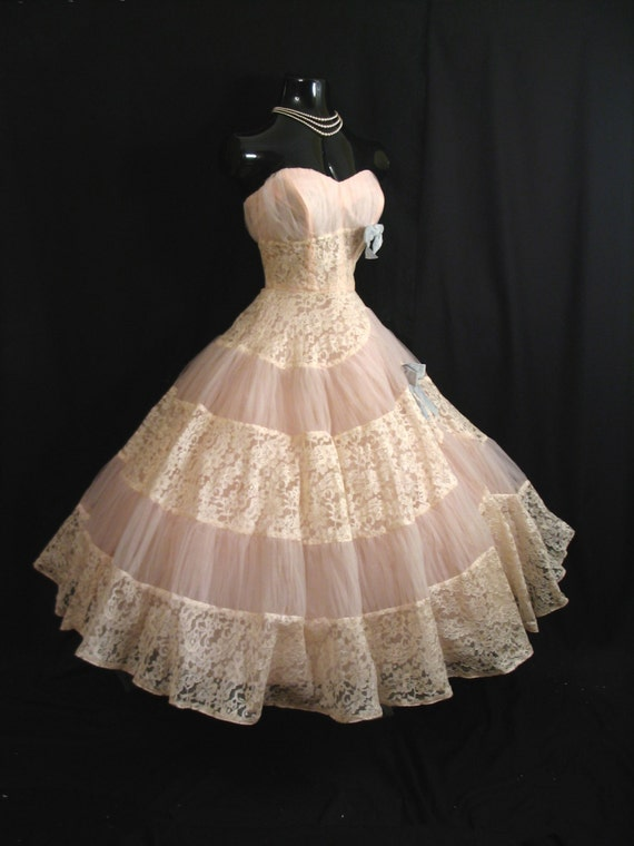 Vintage 1950's 50s STRAPLESS Emma Domb Pink Ivory Tulle Embroidered Lace Party Prom Wedding DRESS