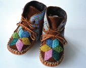 Baby and Toddler handmade leather beaded wool-lined moccasin winter boots with wool felt insole and crepe rubber sole - needleheadcrafts