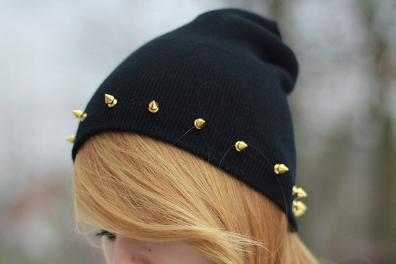 Studded spiked BEANIE black red green navy
