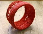 Red crochet lace-like bracelet - mixandmatchEledesign