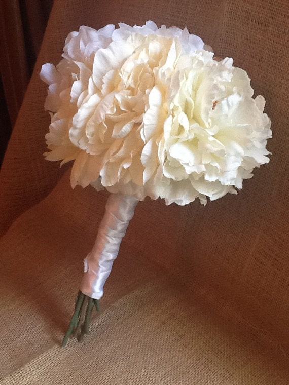 Wedding Bouquet - Silk - Bride's bouquet - WHITE & IVORY - Peony - Ranunculus - Hydrangea