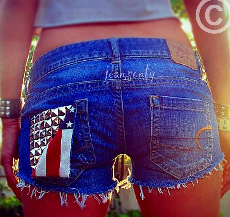 Совет! Для коротких шорт и капри рационально использовать узкие джинсы 10
