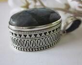 Labradorite Sterling Silver Pendant  Vintage - artsandadornments