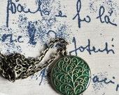 Green tree pendant