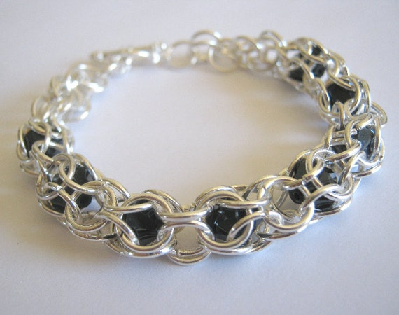 Eve Chainmaille Peek A Boo Bracelet