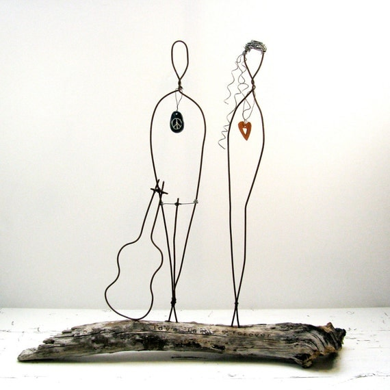 Wire Sculpture Valentines Couple Rustic House Decor - Driftwood Wire Art - Flower Power Peace Sign Sculpture - Valentines Day - Wedding Gift