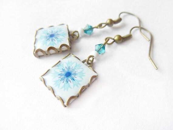 Springtime Scandinavian pattern tile earrings. Nordic flower. Pastel blue and white scandinavian flower.