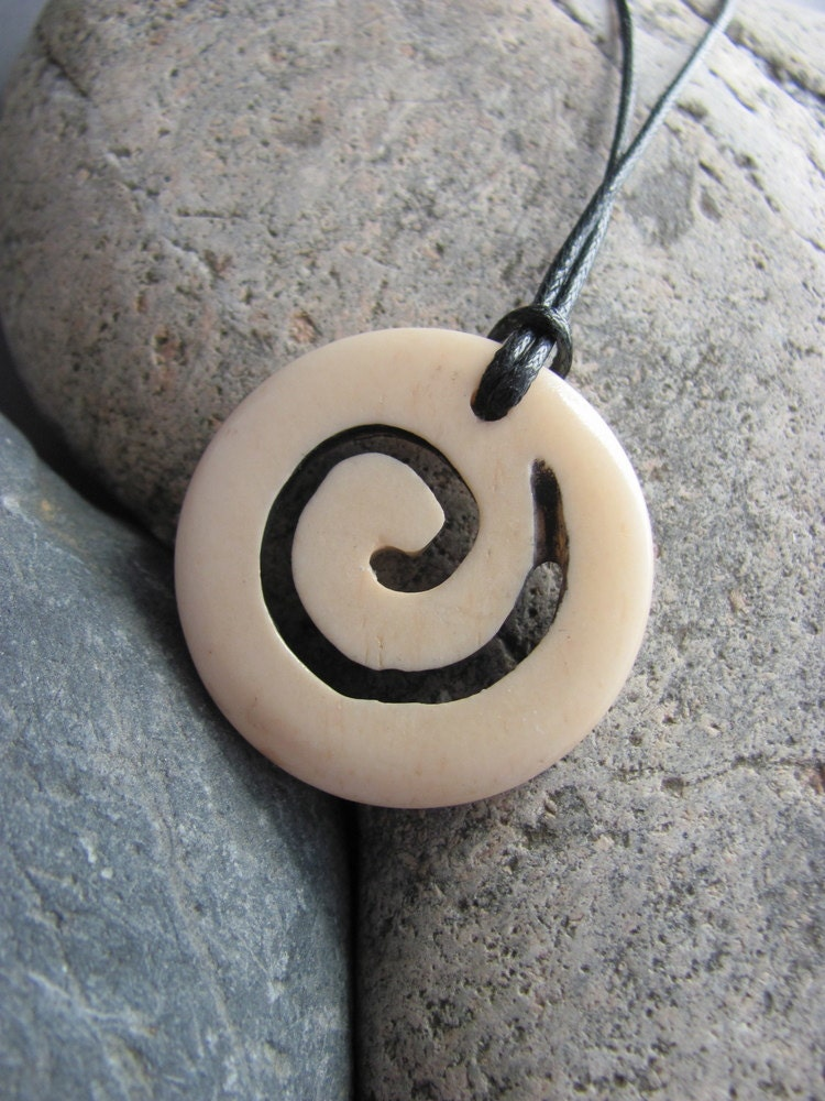 Funky Spiral Necklace - moondogfarm