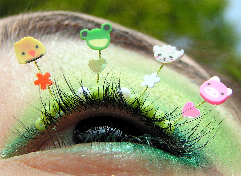Baby Farm Animal Eyelash Jewelry - false eyelashes with chicks, frogs, lambs, and piglets