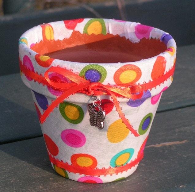 Fabric covered terra cotta pot - CherryCreekTrading
