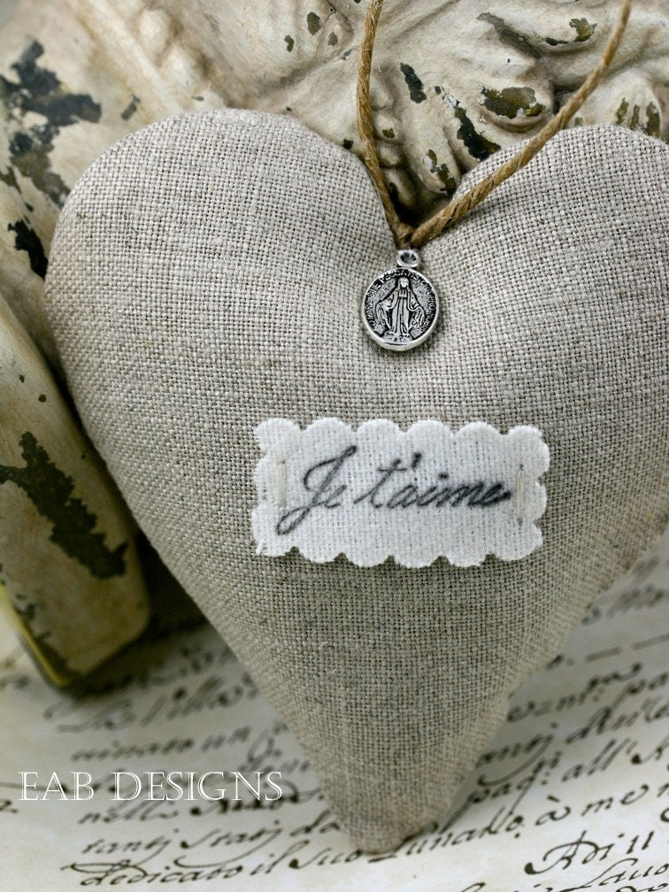 Lavender Filled Linen Heart Sachet, French