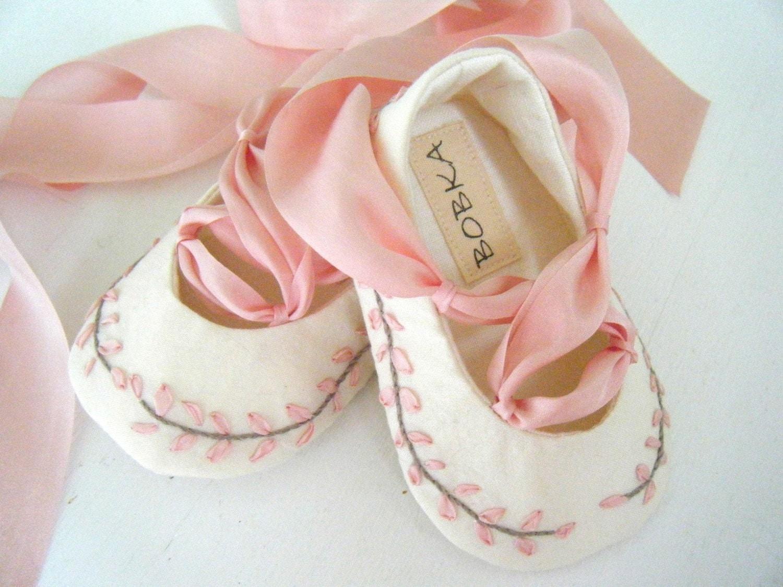 Вышитые органических шелковый розовый Джейн Остин балета тапочки обуви для вашего ребенка девушка