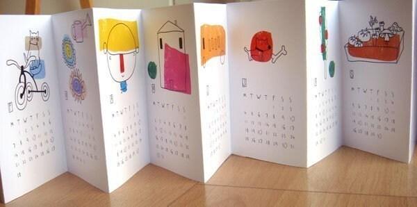 2011 Calendar  -  Accordion for your desk