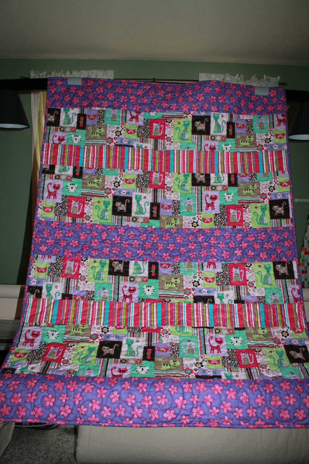 Sparkly Cats and Kittens Quilt in pink and purple - FREE SHIPPING