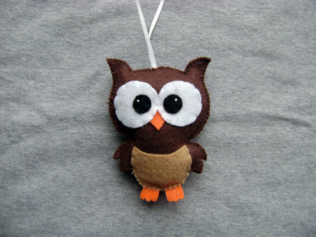 Owl Ornament - FREE SHIPPING (US Domestic)