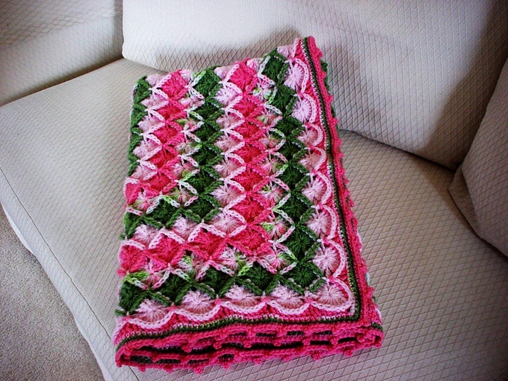 Crochet Pattern: Shell Stitch Blanket