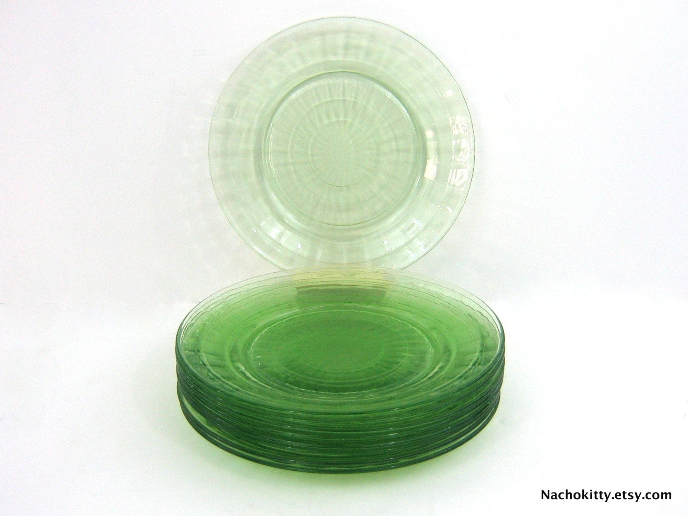 Plate Set Green Depression Glass Optic 1930s - Nachokitty