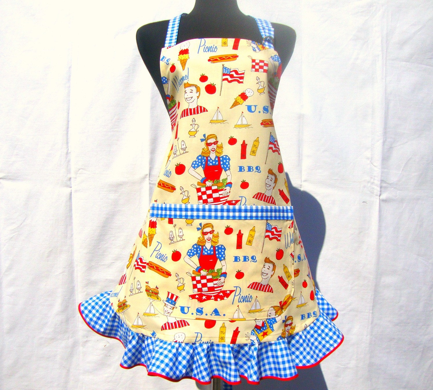 "Retro Apron ""Patriotic Picnic"" Adjustable Full apron with Ruffle - ElsiesFlat"