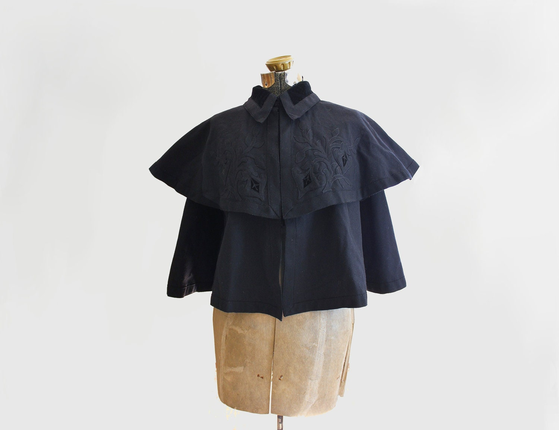 antique Victorian wool & velvet cape - Art Nouveau embroidery - 1890s coat - one size fits most - LeMollusque