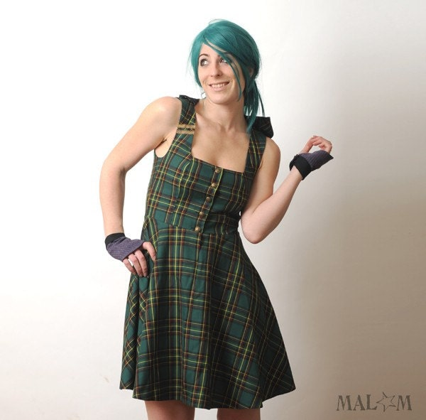 Hooded Green plaid dress with Gold trim - size S-M - Malam