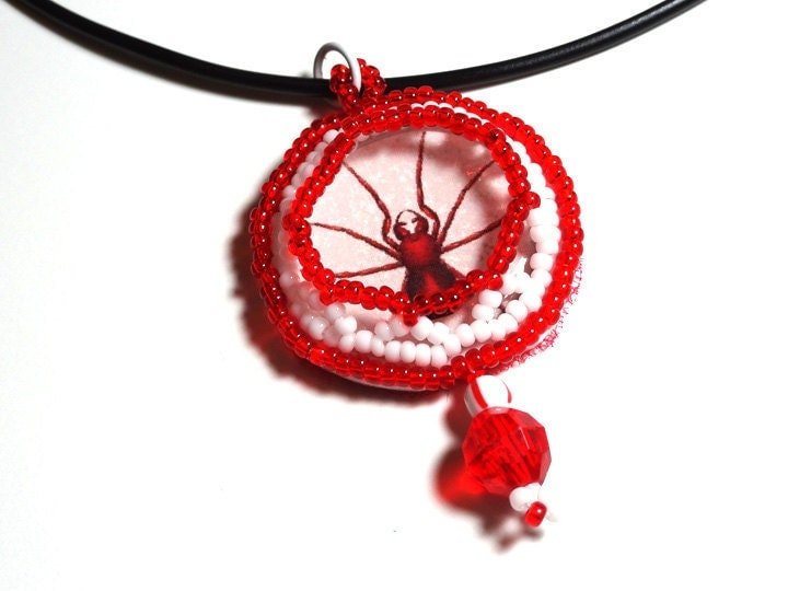 Halloween Jewelry Pendant Necklace Spooky Red Spider Beaded Around Domed Image on a Black Cord Necklace -- White and Red Beads