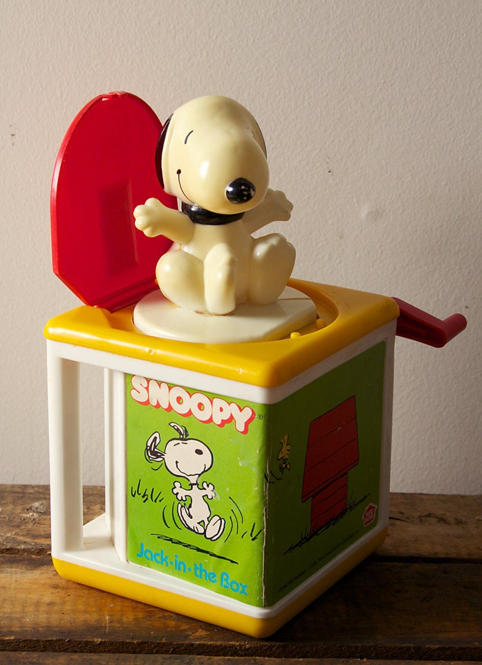 Vintage Mid Century Peanuts Snoopy Jack In The Box By Haspro Preschool - sinkorswimtreasures