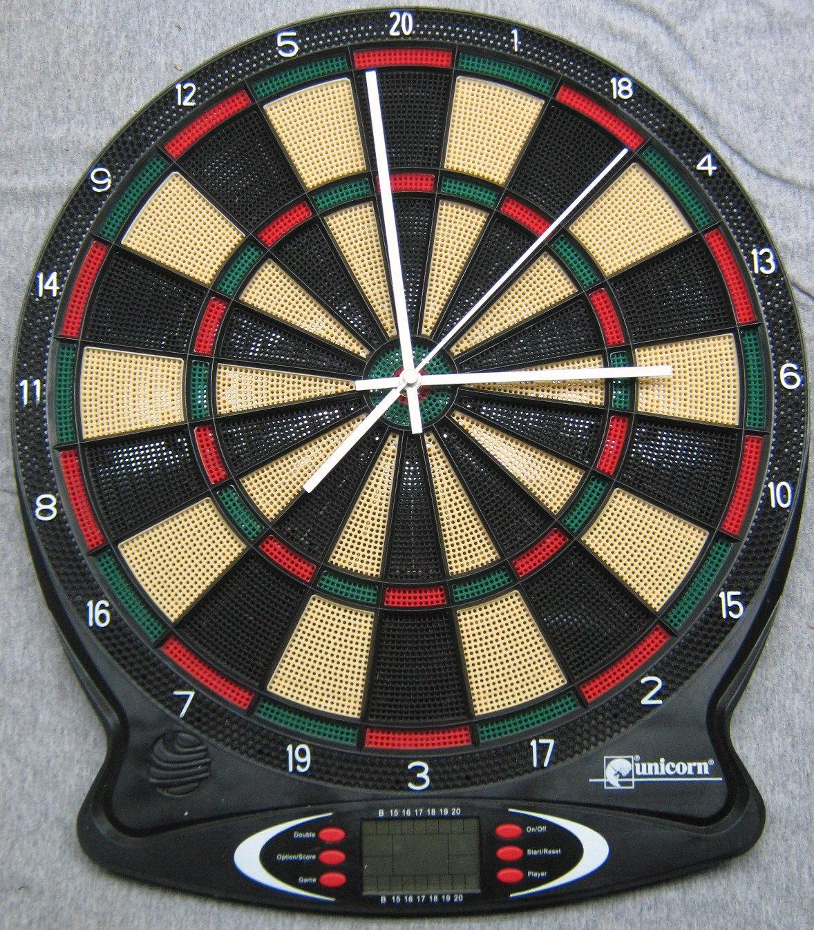 "Dartboard Clock 17"" - DansCustomClocks"