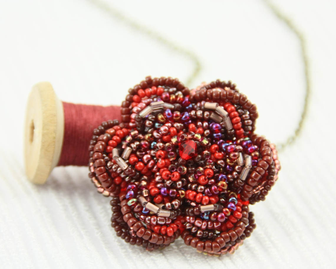 Red Flower Beaded Necklace - BoooBeadShop
