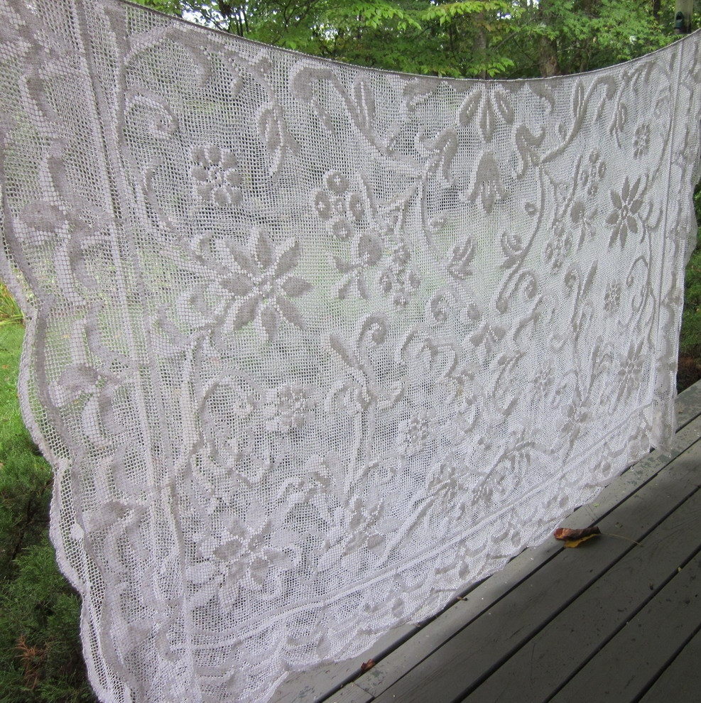 Vintage Wedding Tablecloth - Netted/ Needle Lace